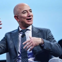 Elon Musk, Jeff Bezos and other billionaires avoid U.S. income taxes, report says