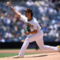 Padres' Yu Darvish takes loss despite seven strong innings against Cubs