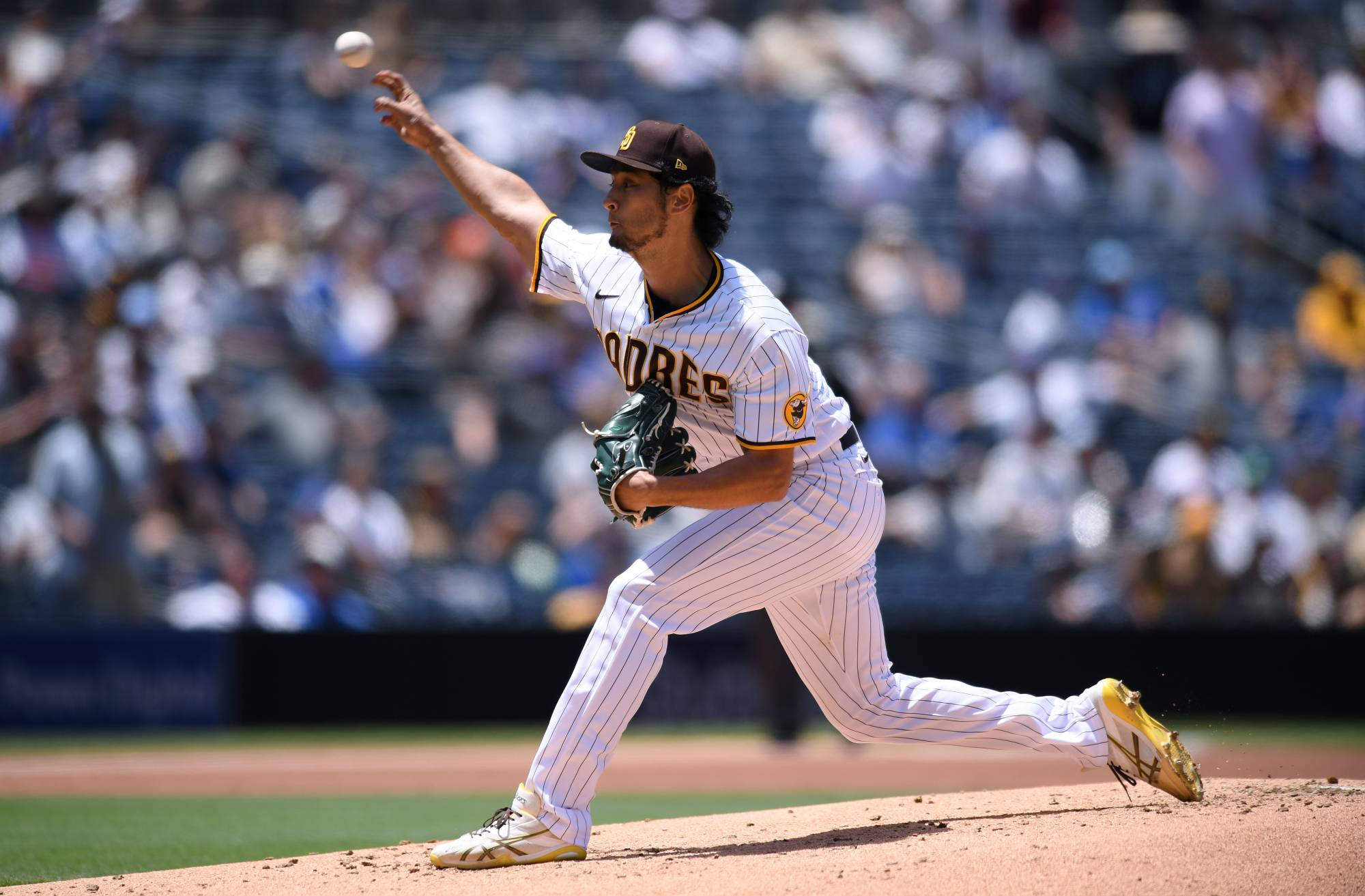 Padres starter Yu Darvish pitches against the Cubs in San Diego on Wednesday.   USA TODAY / VIA REUTERS