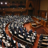 Diet enacts revision to Japan's law on referendums for constitutional reform