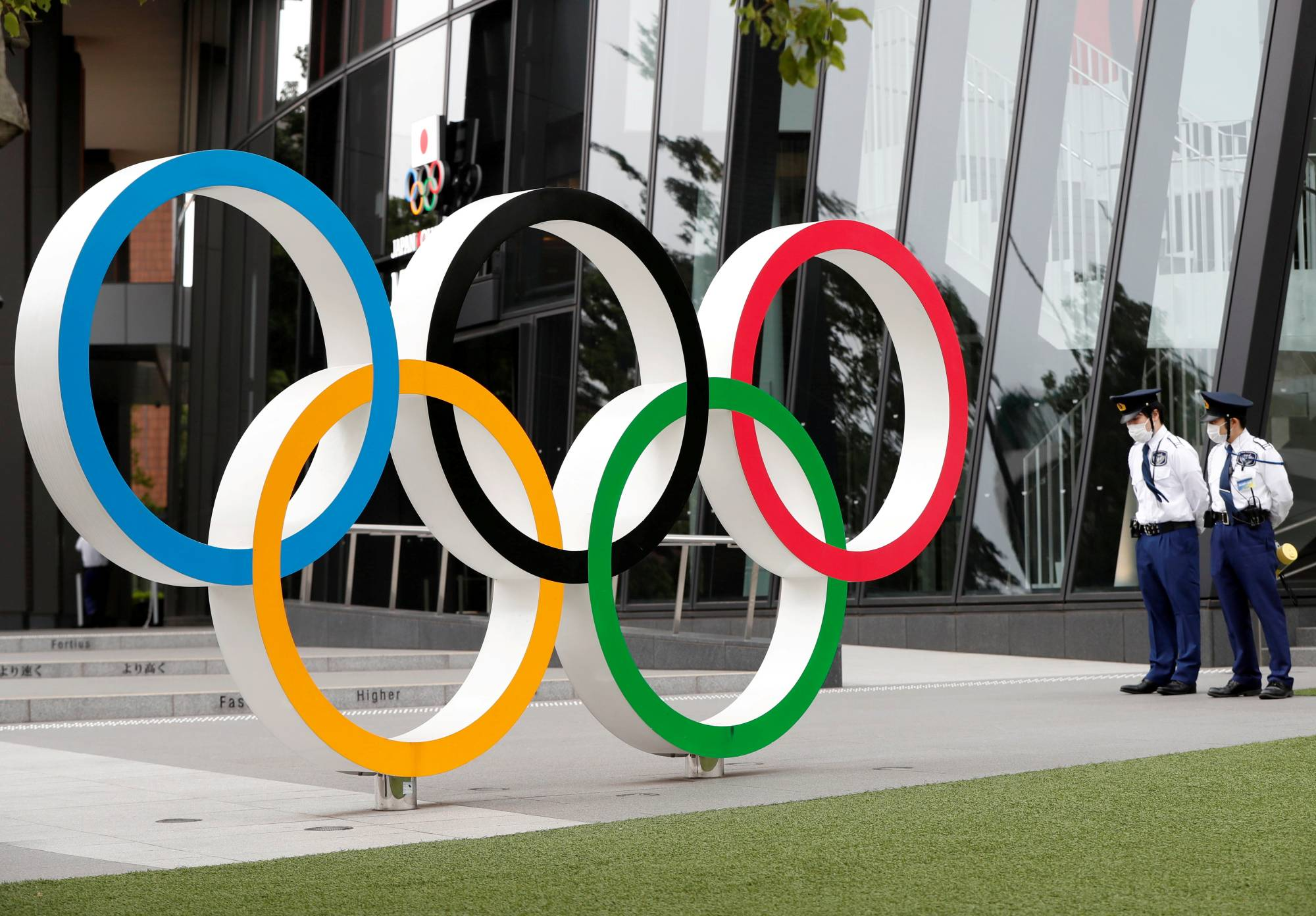 Based on the infection situation during advance test sports events in the country, the Tokyo Olympic organizing committee predicted that up to 11.7 foreign participants in the games will be hospitalized and 57.6 such people will be isolated for treatment without hospitalization.   REUTERS