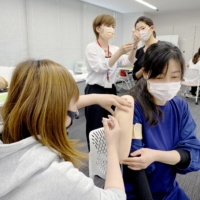 Hurdles remain for getting former nurses involved in Japan's vaccine rollout