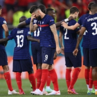 Complacent France pays price for lacking team factor