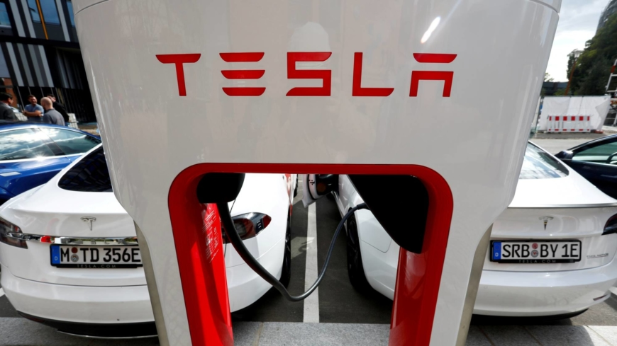 When do electric vehicles become cleaner than gasoline cars?