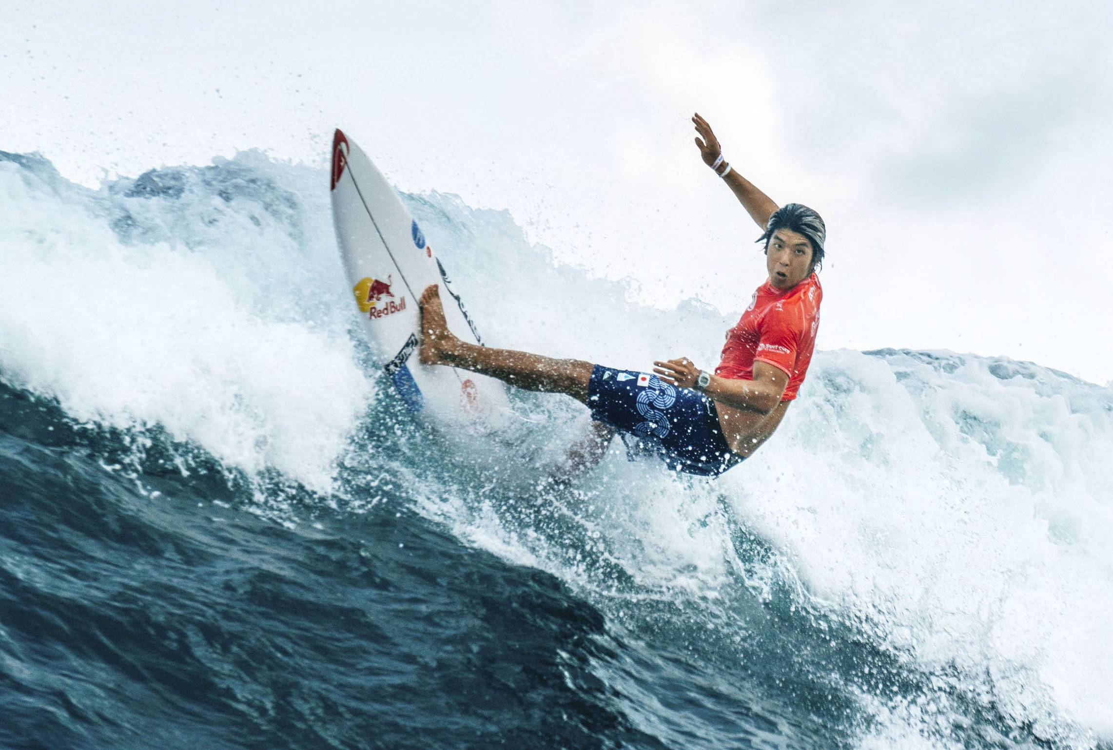Kanoa Igarashi competes at the 2021 Surfing World Games in El Salvador. | ISA / VIA KYODO