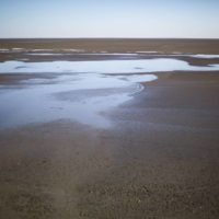 A section of Lake Urmia, which was once Iran's largest lake, in 2014.  | MORTEZA NIKOUBAZL / THE NEW YORK TIMES