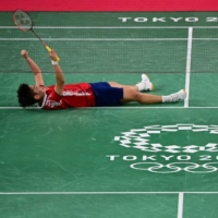Bad day for Japanese badminton at Olympics as five pairs crash out