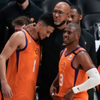 Chris Paul scores 41 in Game 6 to lead Suns into NBA Finals