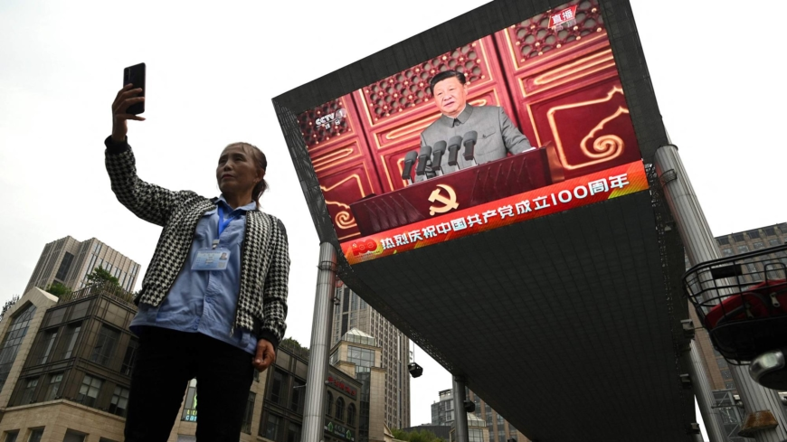 Chinese nationals concerned about country's image among Japanese
