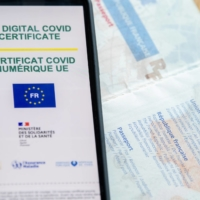 The European Union's digital COVID-19 certificate displayed on a smartphone | BLOOMBERG