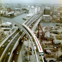 The Tokyo Monorail and route 1 of the Metropolitan Expressway were both constructed for the 1964 Olympic Games. | KYODO