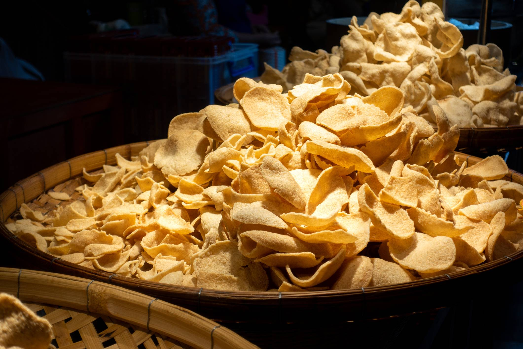 Pla nil chips, a processed product developed by Thailand's fish farmers | OAT_PHAWAT / ISTOCKPHOTO.COM