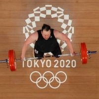 In weightlifting, a historic moment for transgender women