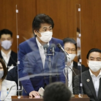 Suga declines to roll back controversial COVID-19 hospital policy