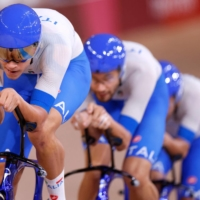 Italy breaks world record to win Olympic gold in men's team pursuit