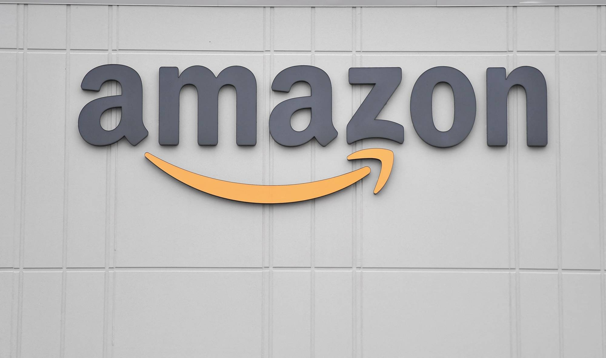 Websites and apps featuring pirated movies and TV shows make about $1.3 billion from advertising each year, including from major companies like Amazon.com Inc., according to a study.   AFP-JIJI