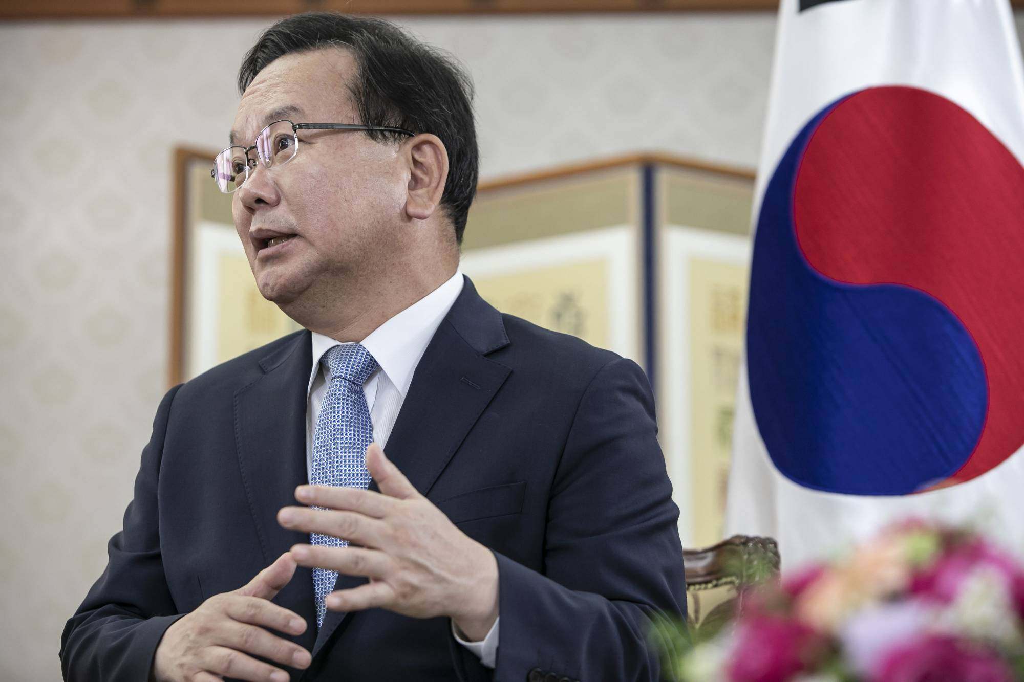 South Korean Prime Minister Kim Boo-kyum speaks during an interview in Seoul on Tuesday.  | BLOOMBERG