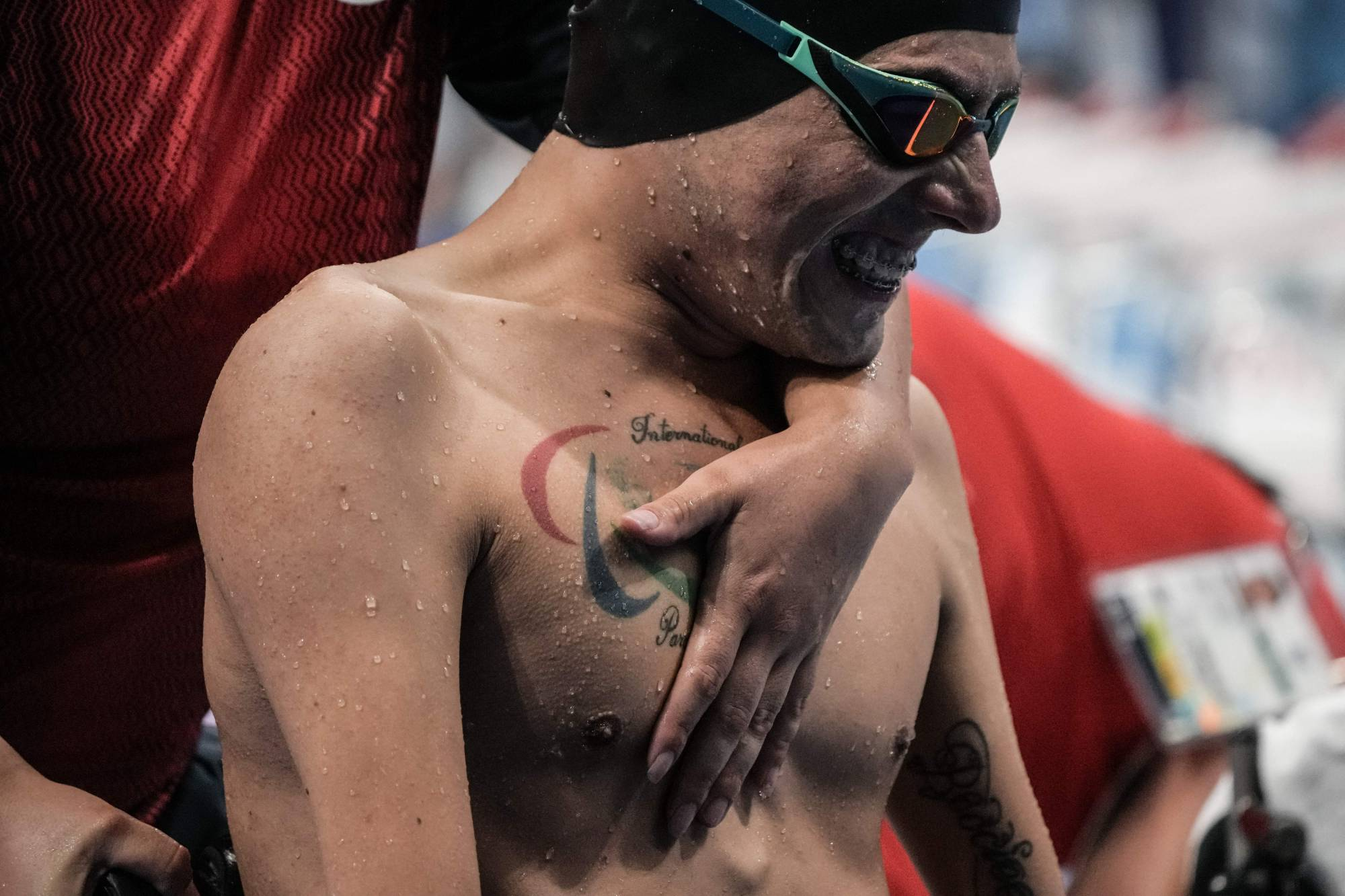 Chile's Alberto Abarza reacts afterwinning the final of men's 100-meter backstroke (S2)   AFP-JIJI