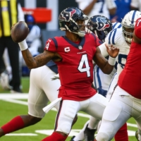 Houston Texans quarterback Deshaun Watson attempts a pass during the game against the Indianapolis Colts in December. | USA TODAY / VIA REUTERS
