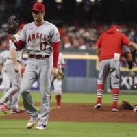 Astros blast Shohei Ohtani in 10-5 win over Angels