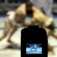 International viewers hoping to watch grand tournaments must often resort to finding illegal streams. | REUTERS