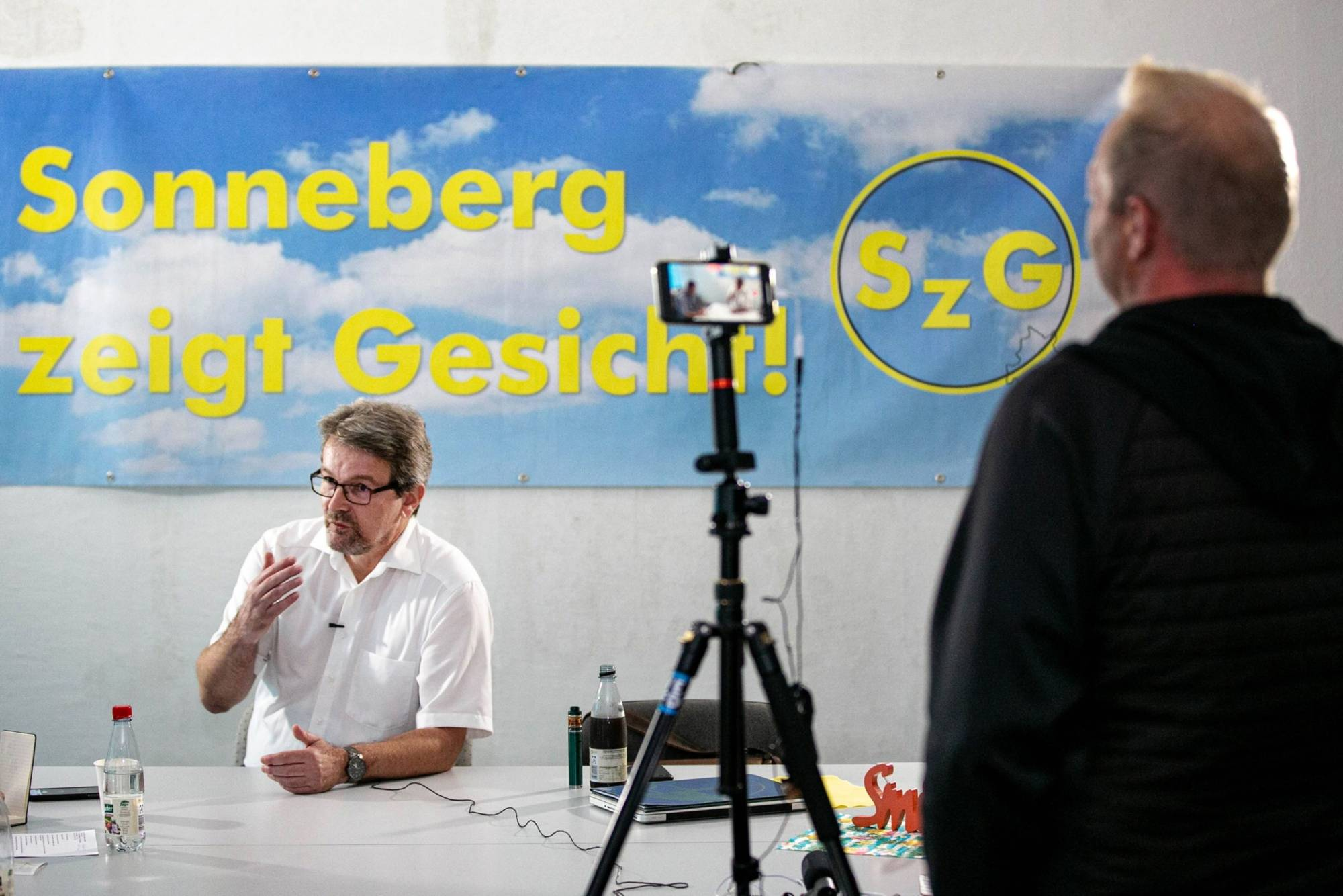 Ingo Schreurs, a translator and organizer of Sonneberg Shows Its True Face, during a livestream on Facebook on Aug. 30 | BLOOMBERG