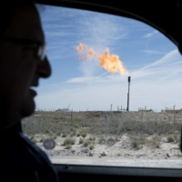 A gas flare near Mentone, Texas. In the coming weeks, the U.S. government will propose the most aggressive federal methane mandates yet for oil and gas wells. | BLOOMBERG