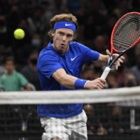 Team Europe rolls on in opening day of Laver Cup