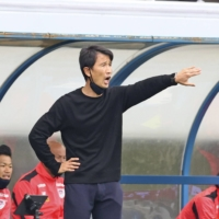 Accusations of abuse of power by Tosu manager Kim Myung-hwi will be investigated by the J. League.   KYODO