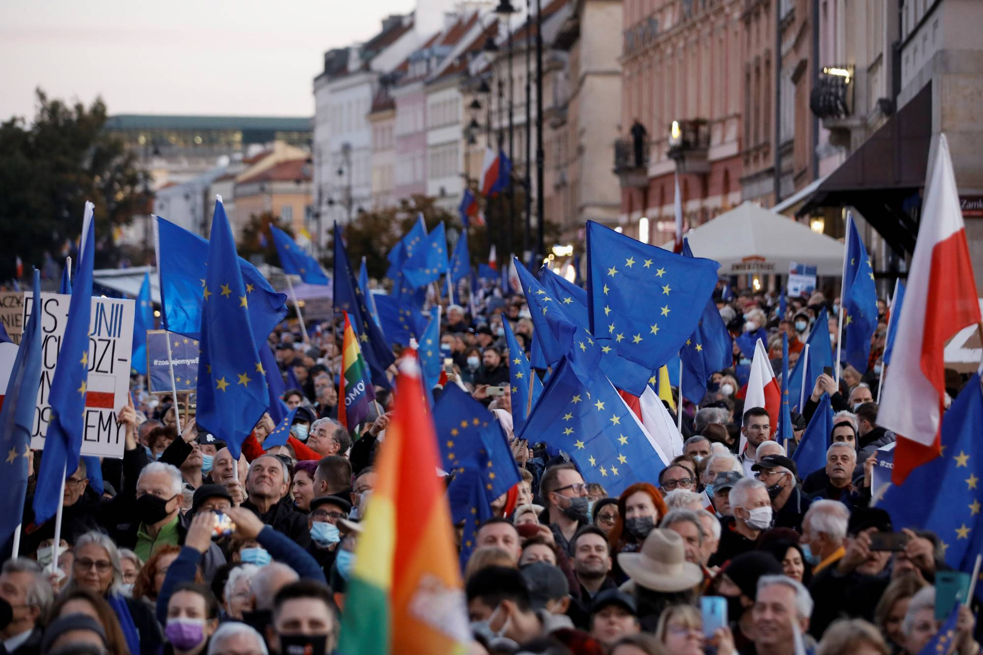People take part in a rally in Warsaw on Sunday in support of Poland's membership of the European Union.   REUTERS